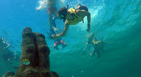 Enjoy the astonishing underwater statues